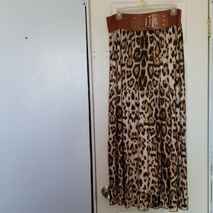 Maxi leopard print skirt
